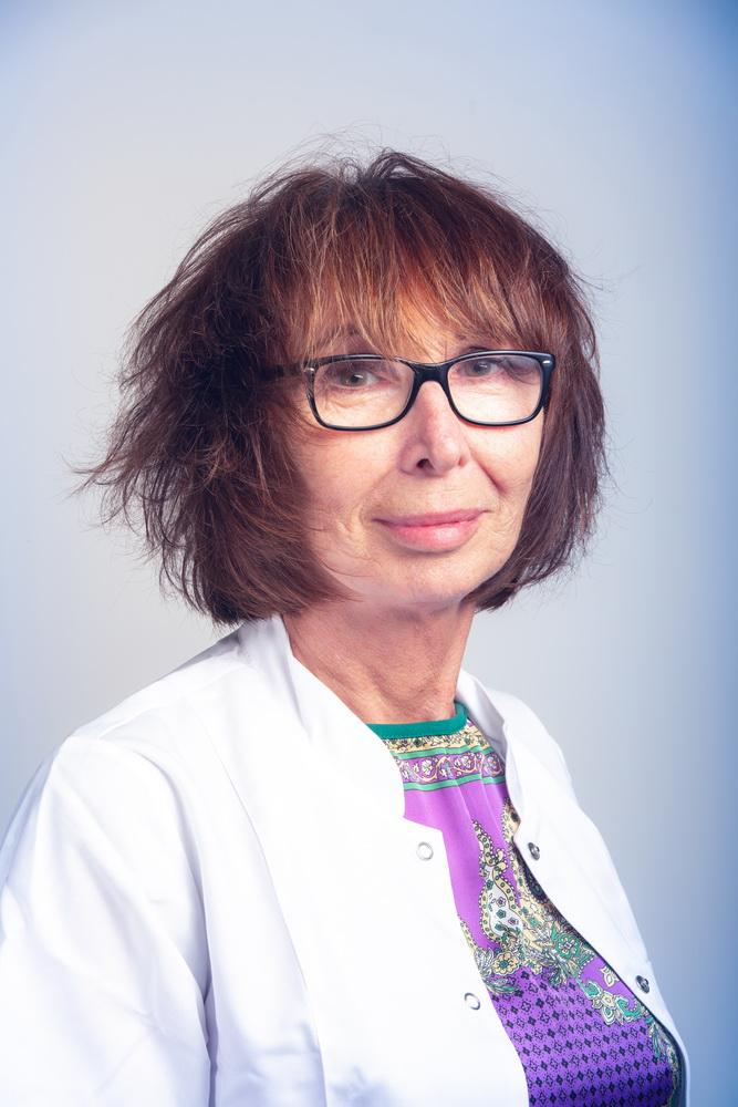 Dr Anna Olszewska-Niwieczerzał